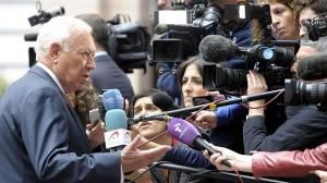 España apoya la entrega de armas a los kurdos con el consentimiento de Irak