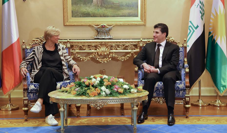 (English) PM Barzani receives Italy's Defence Minister