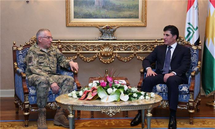 (English) Prime Minister Barzani and the Italian Army Chief of Defence Staff discuss bilateral relations