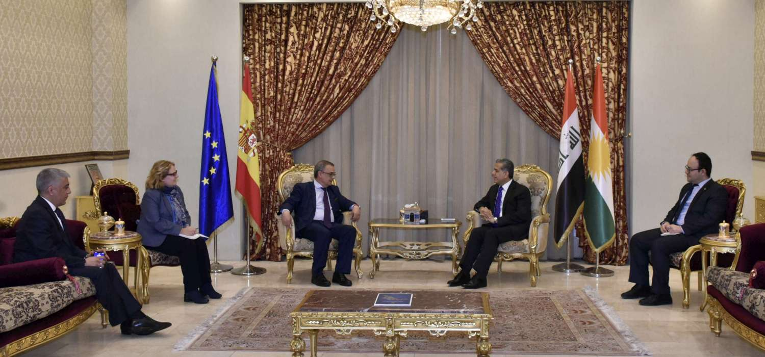 (English) DFR Minister receives the Spanish Ambassador to Iraq to discuss recent political developments and issues of common interest
